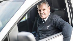 Mobiel surveillant van Intergarde in auto