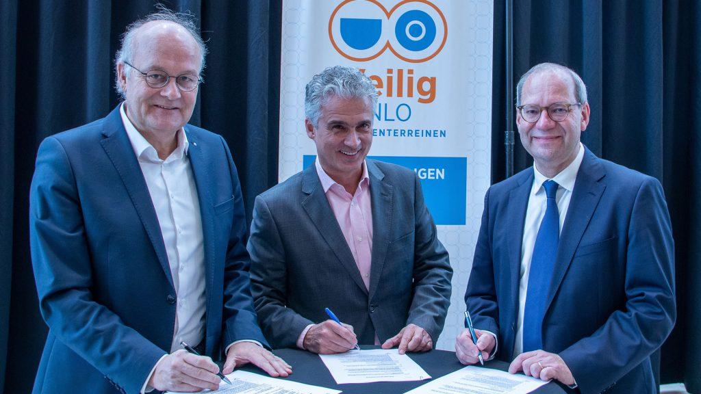 contractondertekening voortzetting cameraproject Veilig Venlo door Intergarde